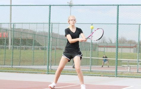 Girls tennis remains undefeated