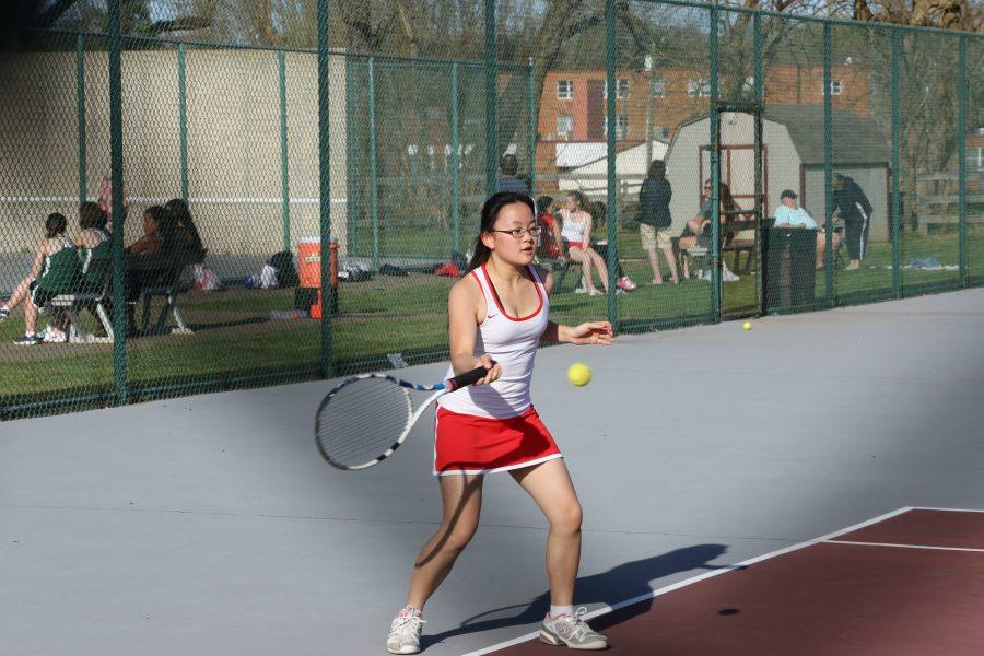 Violett+excels+in+tennis%2C+academics