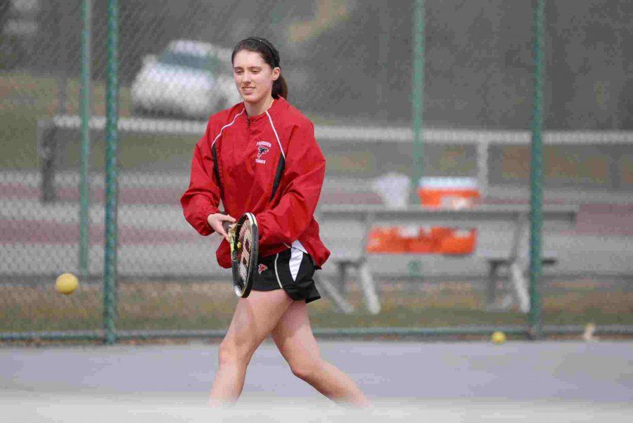 Tennis serves up wins in regular season performances