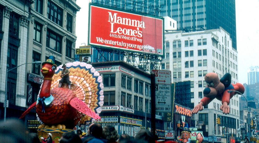 Every+Thanksgiving+the+Macy%27s+Thanksgiving+Day+Parade+is+held+on+34th+street+in+New+York+City.